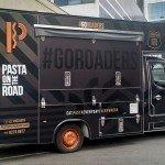 F9-comunicação-visual-pardonização-de-frota-food-truck-superfície-corrugada