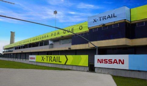f9-x-trail-Lona-corrida