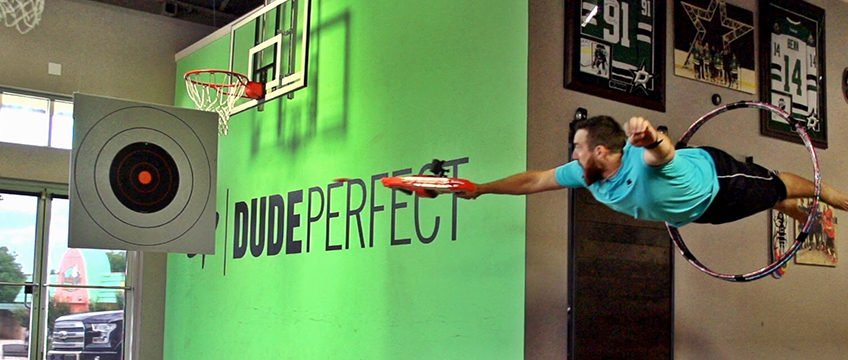 f9-comunicacao-visual-dude-perfect