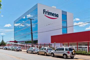 Comunicação visual do novo centro Frimesa